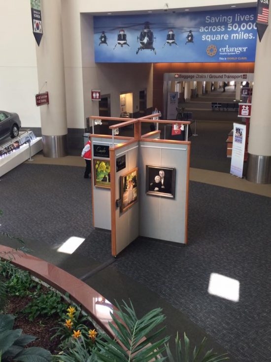 airport display one